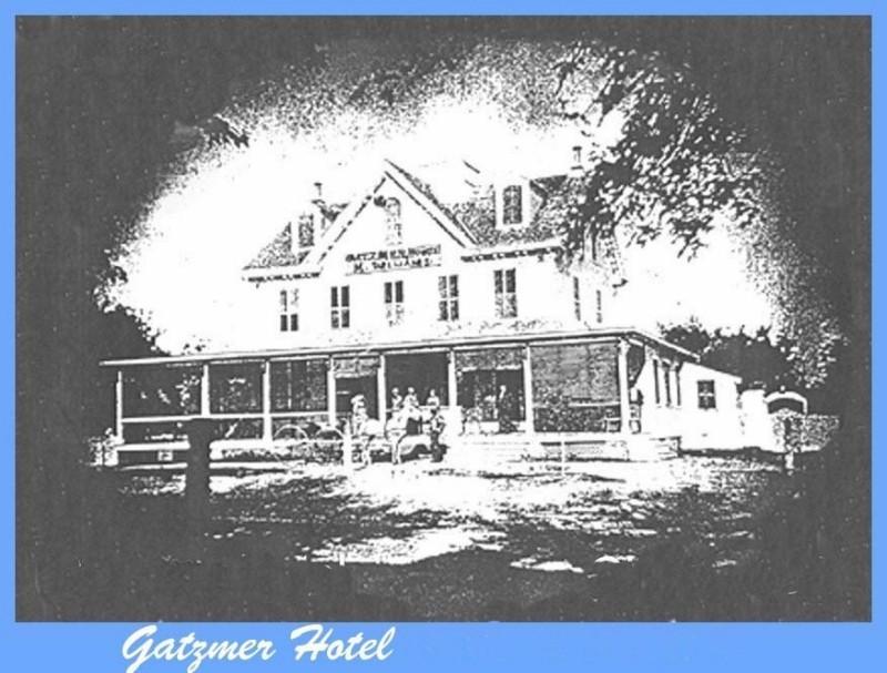 Grainy photo of the Gatzmer Hotel