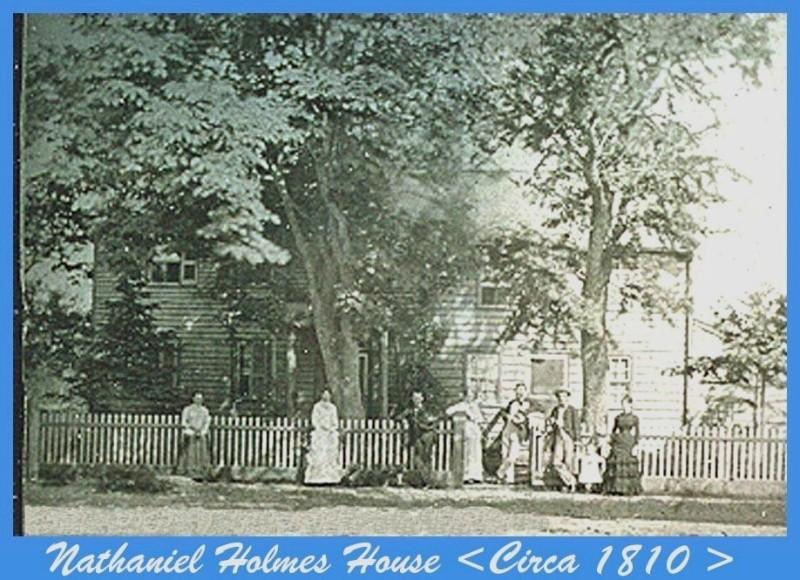 eople standing outside the Nathaniel Holmes house circa 1810