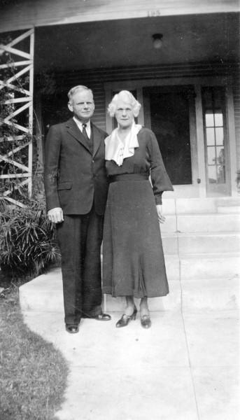 Lewis and Lillie Carroll photograph for 25th wedding anniversary
