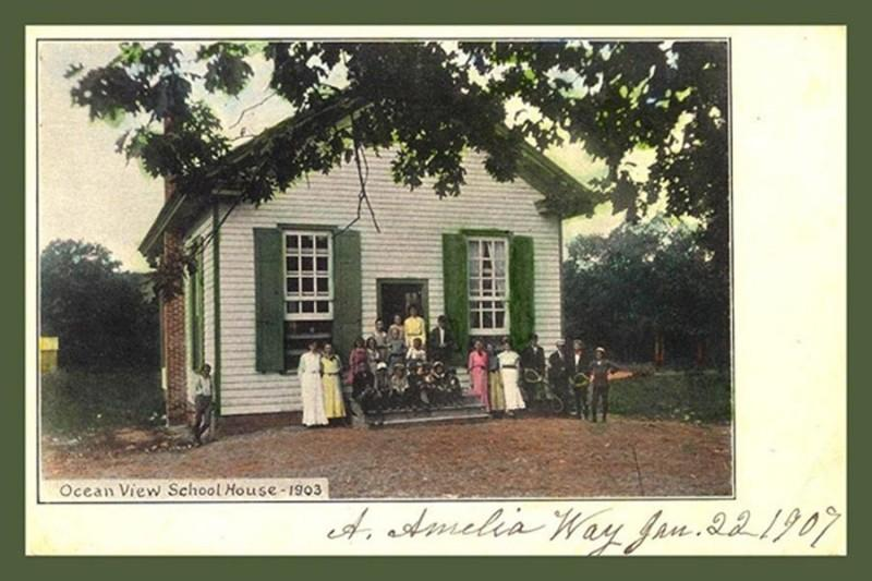 Ocean View School House and class from 1903