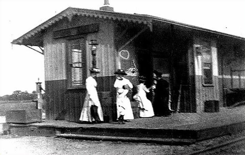Women waiting at the railroad station