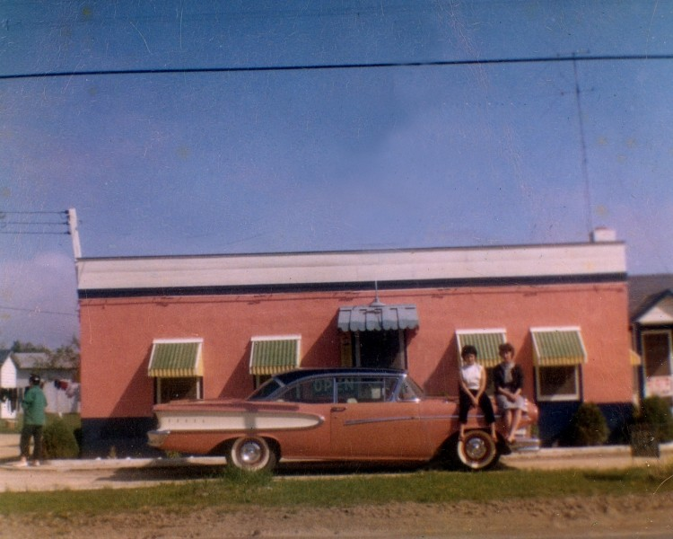 Delsea Inn color photo with a mid-century car in front of it