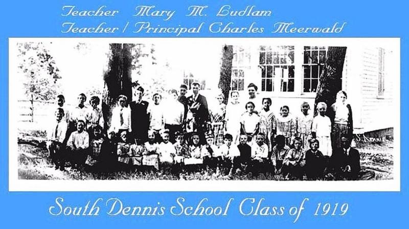 South Dennis Class of 1919