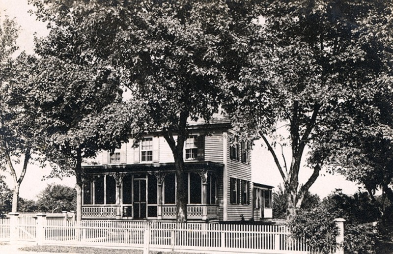 Unknown Victorian house with a picket fence