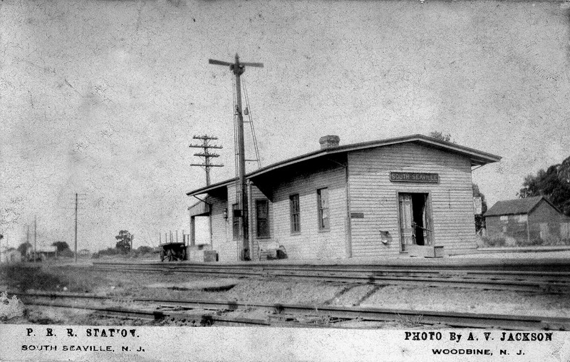 South Seaville railroad station and tracks