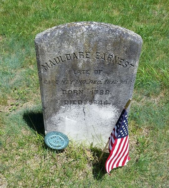 Mouldare Earnest marker with flag