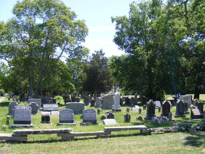 Union Cemetery showing newer gravestones
