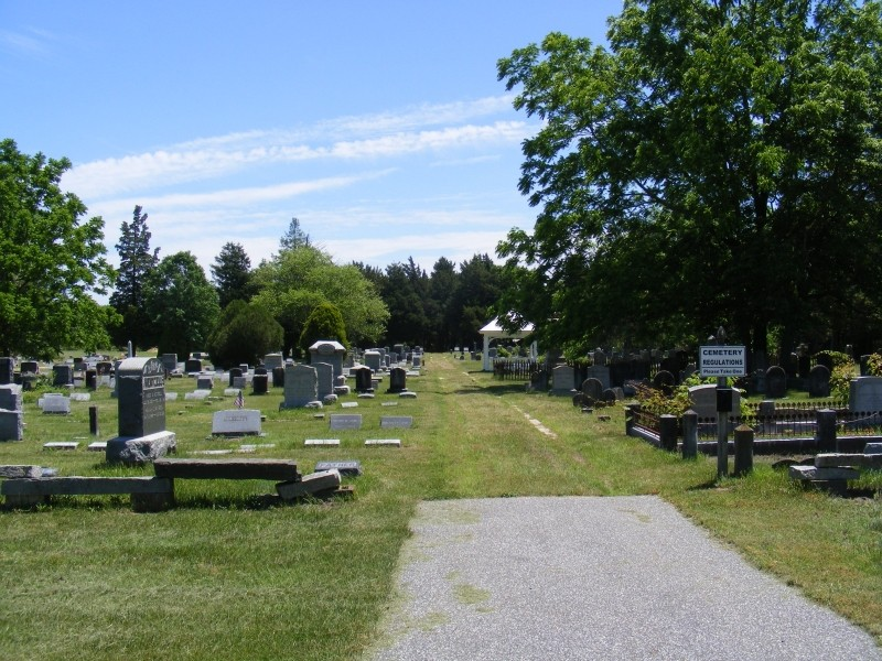 Union Cemetery with parking spot