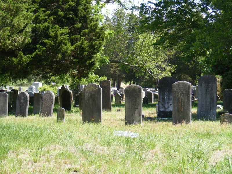Union Cemetery in summer